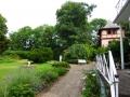 Gartenanlage mit Turm
